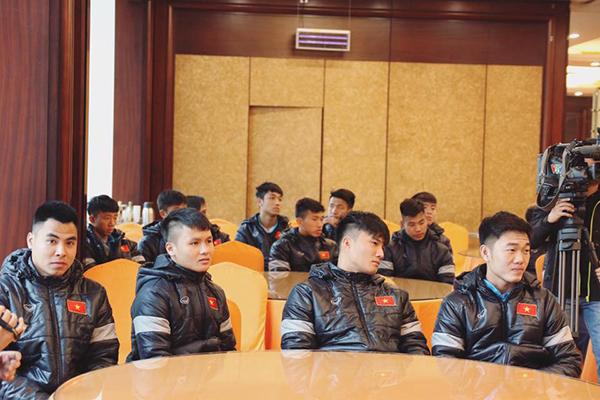 U23 Việt Nam còn có một thủ môn đẹp trai, cao ráo hơn cả Bùi Tiến Dũng - 5