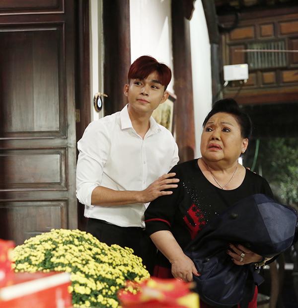 Jun Phạm xúc động gợi nhớ về ngày Tết khi tham gia phim ngắn của Vũ Ngọc Đãng.