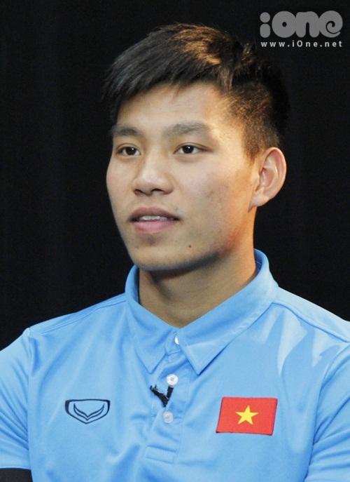Vũ Văn Thanh liên tục bắn tim kute tặng fan - 1
