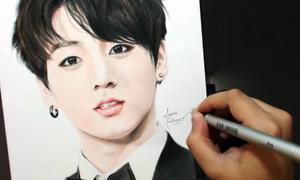 10 idol Kpop có tài hội họa khiến fan trầm trồ
