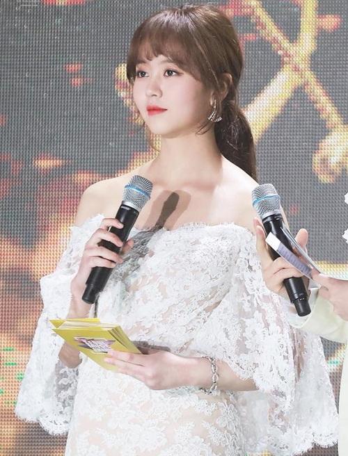 5 nữ thần Kpop là MC tài năng được loạt show săn lùng - 6