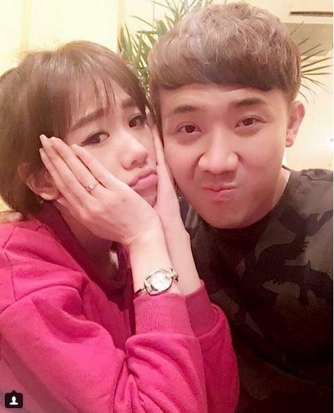 Trấn Thành - Hari Won chăm chỉ selfie chứng minh tướng phu thê là có thật - 5