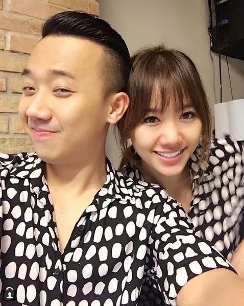 Trấn Thành - Hari Won chăm chỉ selfie chứng minh tướng phu thê là có thật - 6