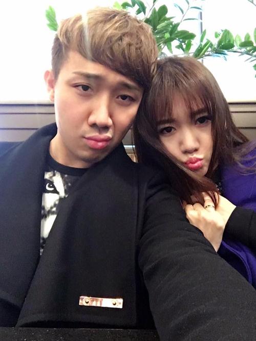 Trấn Thành - Hari Won chăm chỉ selfie chứng minh tướng phu thê là có thật - 7