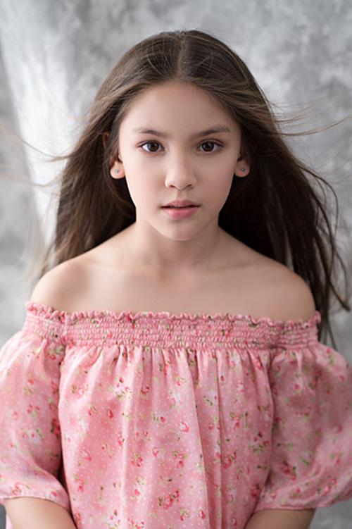 Mẫu nhí lai xinh như thiên thần ước mơ thành Hoa hậu Hoàn vũ - 5