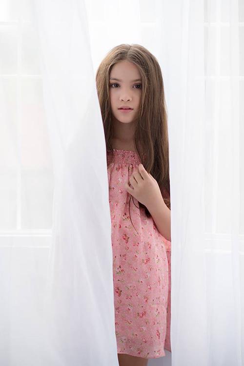 Mẫu nhí lai xinh như thiên thần ước mơ thành Hoa hậu Hoàn vũ - 6