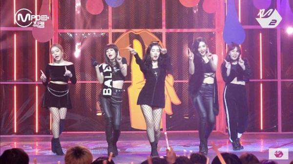 Cư dân mạng chê bai Red Velvet vì nhảy& mỗi người một kiểu