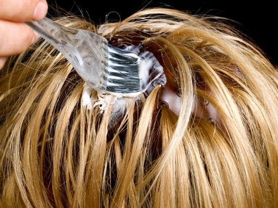 Bạn đang hủy hoại mái tóc mà không hay biết - 1