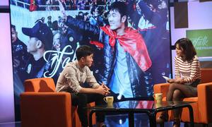 Xuân Trường thể hiện trình độ tiếng Anh đỉnh tại 'Talk Vietnam'