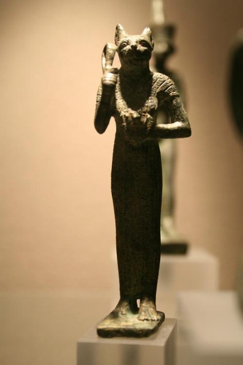 Chuyện thời cổ xưa, nhuộm tóc bằng hành, quế - 7