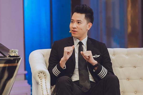 Phi công 24 tuổi điển trai nhất Việt Nam lên sóng truyền hình với Trấn Thành - 4