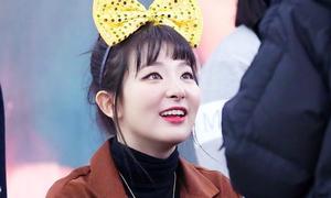 Seul Gi, Suzy khiến fan 'tan chảy' với ánh mắt dịu dàng