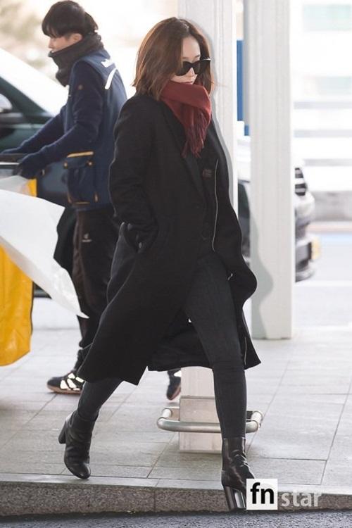 Chị em Jessica - Krystal đọ phong cách, Twice ấm áp về Hàn - 2