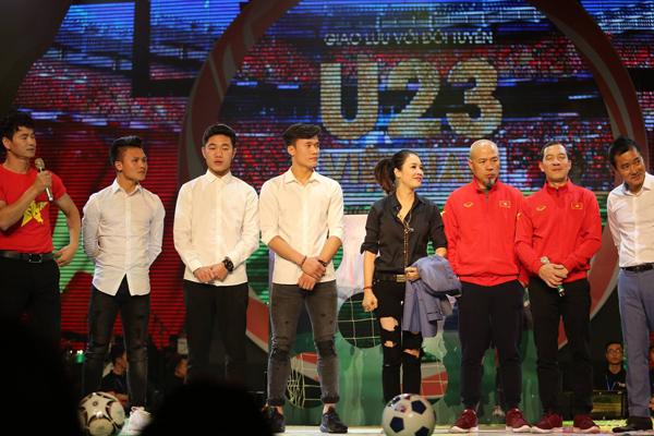 3 chàng trai vàng của U23 khiến fan cười lăn vì sút mãi không thủng lưới