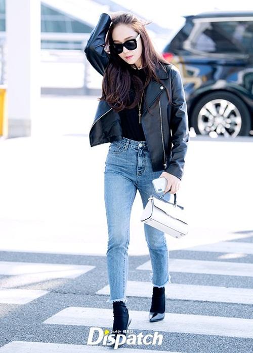 Chị em Jessica - Krystal đọ phong cách, Twice ấm áp về Hàn - 1