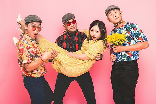 Nhóm MTV và nhạc sĩ Kim Ngân.