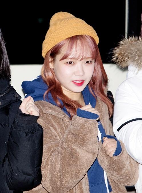 Cách để sao Hàn vẫn đẹp khi xuất hiện dưới trời lạnh giá - 4