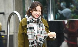 Cách để sao Hàn vẫn đẹp khi xuất hiện dưới trời lạnh giá