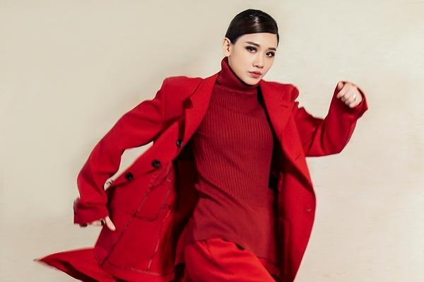 Chán hình tượng dễ thương, Hari Won hóa quý cô Tây Âu lạ lẫm - 7