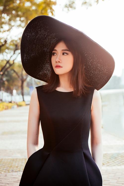 Chán hình tượng dễ thương, Hari Won hóa quý cô Tây Âu lạ lẫm - 6