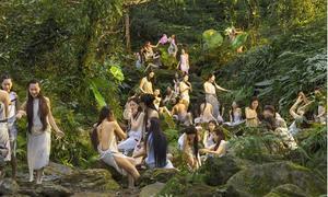 1.000 mỹ nữ Trung Quốc tranh suất đóng cảnh tắm suối trong 'Tây du ký: Nữ nhi quốc'