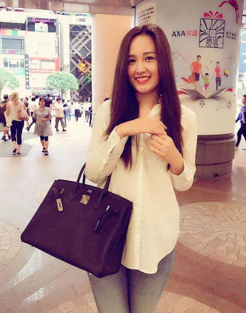 Sắm hàng hiệu bất chấp nhưng Mai Phương Thúy vẫn mặc đồ kiểu gái quê - 6