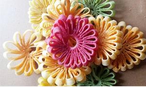 Tự làm mứt dừa hình bông hoa xinh xinh đãi khách