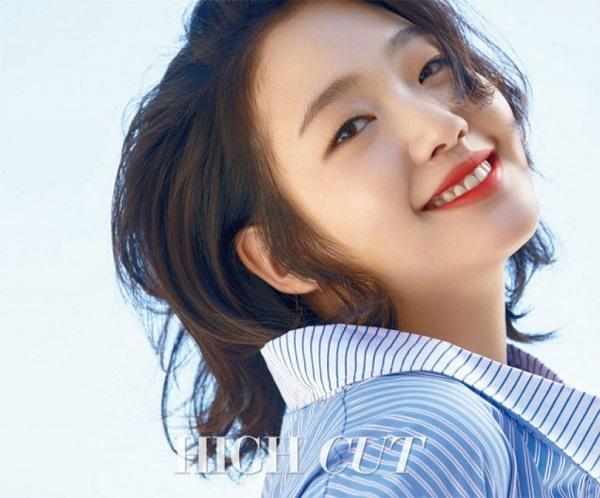 4 mỹ nhân trẻ đóng phim 17+ hot nhất Hàn Quốc - 3
