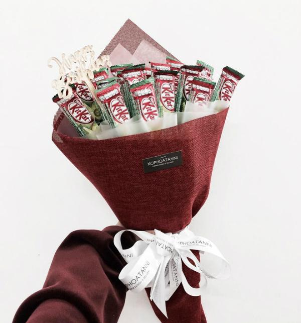 Hoa hồng và socola xưa rồi, giới trẻ giờ thích quà Valentine này cơ
