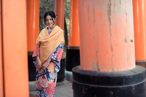 Á hậu cao nhất Việt Nam đẹp mong manh trong trang phục truyền thống Nhật Bản - 2