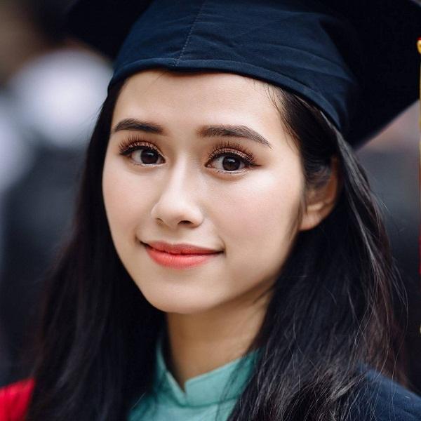 Danh tính cô gái xinh đẹp xuất hiện trong chương trình Táo Quân - 3