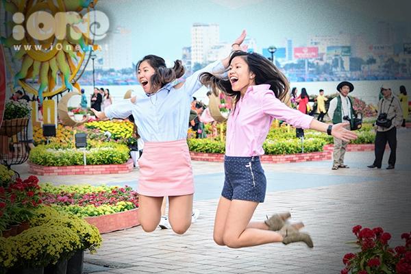 Các cặp gà bông Đà Nẵng xúng xính pose hình đón Tết - 9