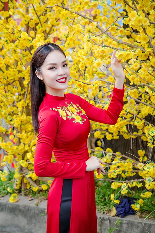 Dương Cẩm Lynh đưa con trai kháu khỉnh du xuân - 6
