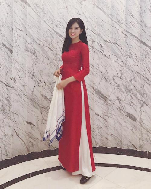 Áo dài đón Tết từ xinh yêu đến sang chảnh của hot girl Việt - 6