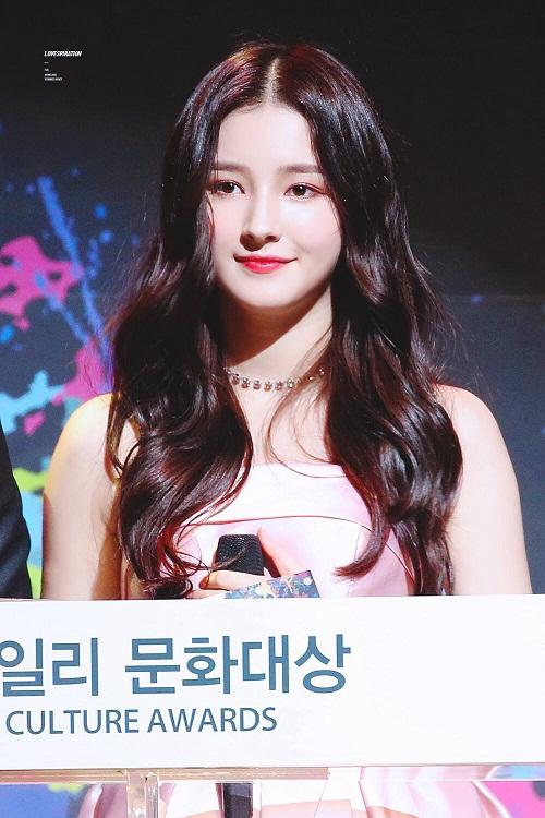 3 sao nữ Hàn hứa hẹn soán ngôi trong cuộc chiến nhan sắc 2018 - 3