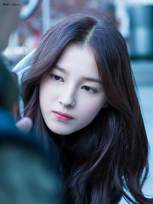 3 sao nữ Hàn hứa hẹn soán ngôi trong cuộc chiến nhan sắc 2018 - 4