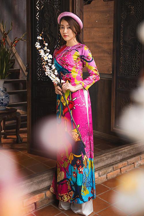 Hot girl Lona Huỳnh khoe vẻ đẹp ngọc nữ với áo dài Tết
