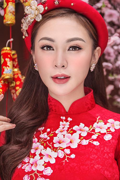 Kelly Nguyễn rủ rê bạn thân Lilly Luta duxuân - 5