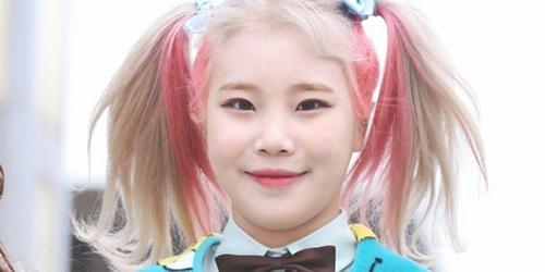 Nhan sắc của JooE là đề tài khiến fan Kpop bàn tán.