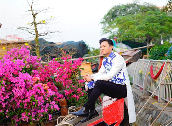 Dàn trai đẹp Vbiz đại náo đường hoa Nguyễn Huệ đầu năm - 7