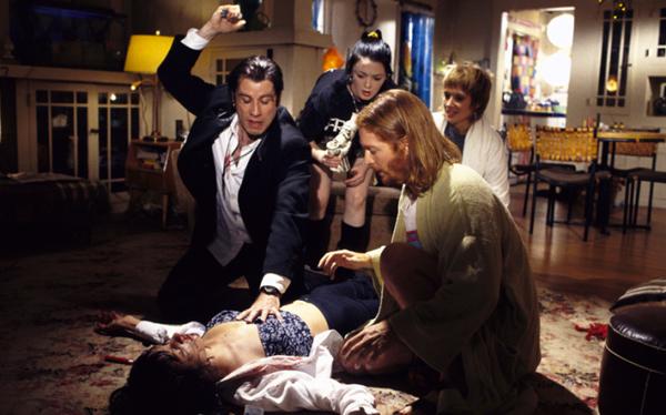 Cảnh sốc thuốc kinh điển nhất màn ảnh của Pulp Fiction - 1
