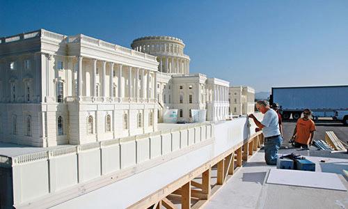 Hậu trường đằng sau cảnh nổ tung Nhà Trắng nổi tiếng trong Ngày độc lập - 1