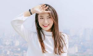 Hot girl Khánh Vy trổ tài mix 'Hương ngọc lan' và 'Loving you' cực ngọt