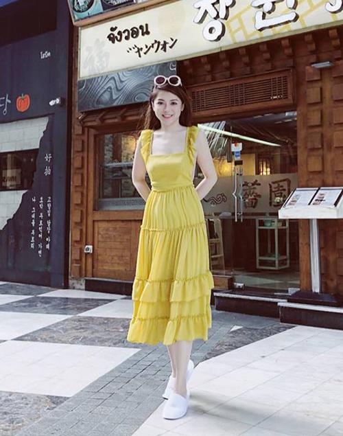 Style sang chảnh, ngập tràn đồ hiệu của bạn gái tin đồn Soobin Hoàng Sơn - 2