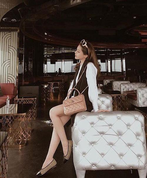 Style sang chảnh, ngập tràn đồ hiệu của bạn gái tin đồn Soobin Hoàng Sơn - 6