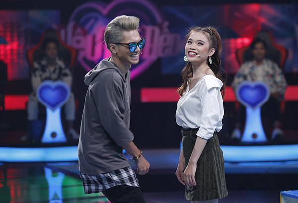 Bích Ngọc đến chương trình hẹn hò để bày tỏ tình cảm với Bảo Kun.