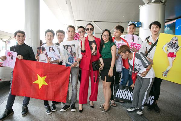 Hương Giang diện cây đỏ cá tính lên đường thi Hoa hậu chuyển giới - 5