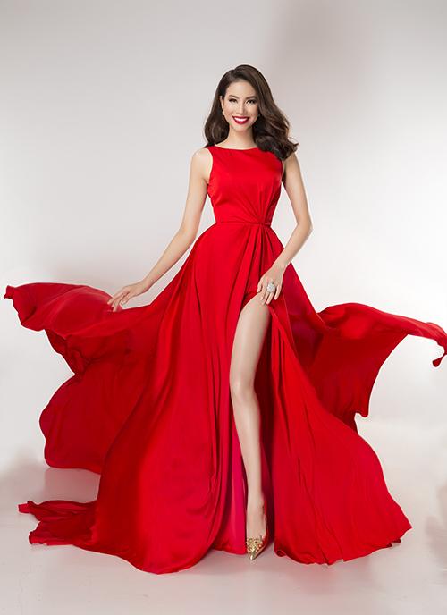 Vừa được tạp chí Ý quan tâm, Phạm Hương tung bộ ảnh đẹp tựa nữ thần