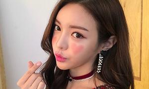 Trào lưu tô má hồng hình trái tim xinh yêu của con gái Hàn