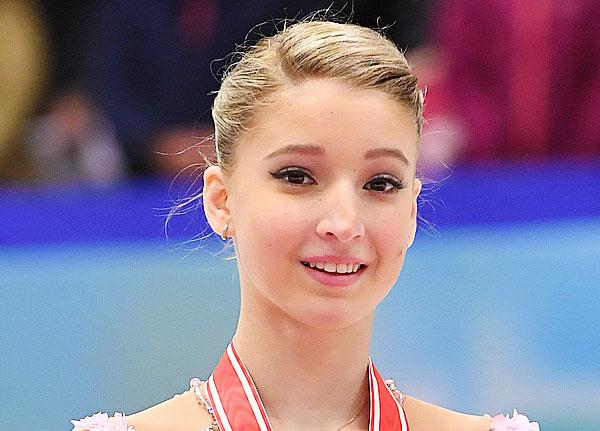 10 nữ VĐV trượt băng nghệ thuật sở hữu nhan sắc và tài năng nổi bật nhất thế giới - 9